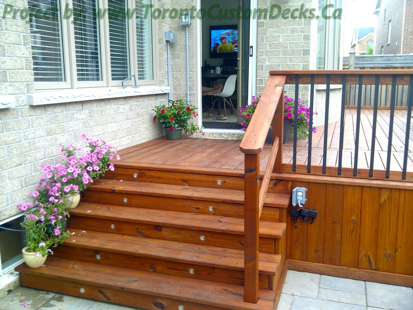 Cedar patio decks and landscaping design toronto custom for 7x12 kitchen ideas