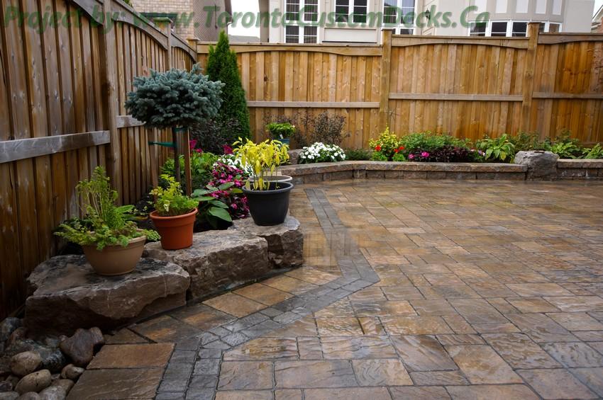 Backyard patio and interlock project toronto custom deck for Outdoor landscaping ideas backyard